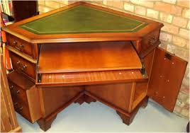 Corner Desk Computer Yew And Mahogany Reproduction Corner Desks A1 Furniture