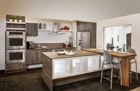 comptoir de la cuisine cuisine avec comptoir de porcelaine neolith un matériau de plus