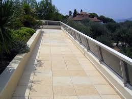 piastrelle balcone esterno pavimento galleggiante terrazzo pavimenti esterni consigli per
