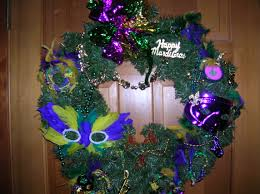 mini mardi gras grapevine wreaths buggalcrafts