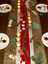 gold christmas table runner top 15 most beautiful christmas table runners christmas