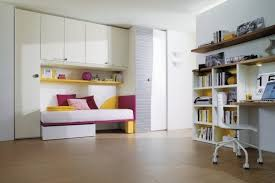 chambre ado petit espace chambre fille petit espace maison design sibfa com