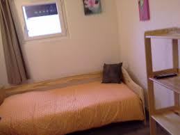 chambre à louer chez personne agée chambre à louer chez l habitant la rochelle roomlala