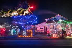 christmas decorations light up osoyoos homes osoyoos times
