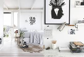 minimalist dorm room 5 ways to make the most out of your dorm room twelfth element blog