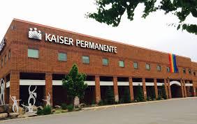 Chamber Flag Kaiser Permanente Drapes Pride Flag Over Office Inba Weekly