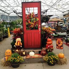 welcome home door fall display in rockwall tx lowes lowe u0027s