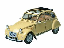 citroen sports car amazon com 1 24 citroen 2cv sports car toys u0026 games