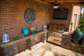 Outdoor Kitchen Faucets by Interior Outdoor Fireplace And Pizza Oven Country Kitchen