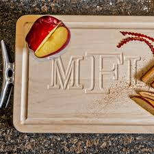 engraved cutting boards personalized wood cutting boards personalized cutting boards
