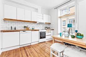 cuisine avec carrelage metro photo cuisine avec carrelage metro 5 plan de travail en bois