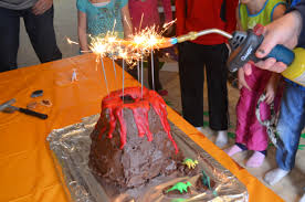 how to make a volcano cake dinosaur party
