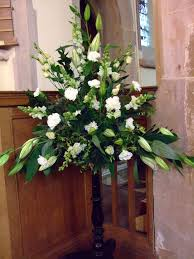 church flower arrangements wedding flowers for church wedding corners