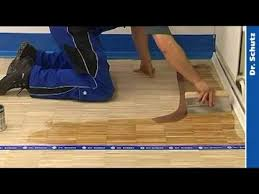 oiling wood floor with wood premium by dr schutz during