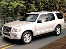 kbb 2005 ford explorer photos and 2005 ford explorer suv history in pictures