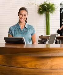 Front Desk Medical Office Jobs Best 25 Medical Receptionist Ideas On Pinterest Office Design
