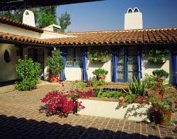 style ranch homes style ranch homes with courtyards small pad covered