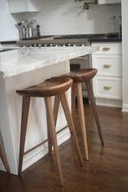 kitchen island stools best 25 kitchen island stools ideas on inside
