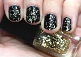 black nail polish designs how you can do it at home pictures