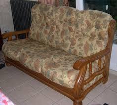 canapé en bois recyclage objet récupe objet donne canapé en bois massif à