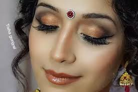 makeup artist courses online should you do your own makeup for your wedding or hire a makeup