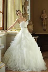 Pronovia Wedding Dresses Pronovias Feather Wedding Dress Local Classifieds Buy And Sell