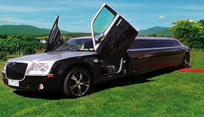 limousine lamborghini fantasy limo hire melbourne value limo hire