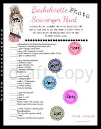 bachelorette party scavenger photo hunt game
