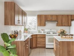 how to choose kitchen cabinets color 5 most popular kitchen cabinet colors and styles