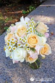 wedding flowers montreal wedding flower bouquet white roses pink sweet peas