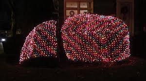 blanket lights frankie s apartment
