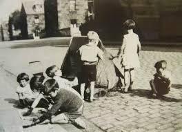 giochi da cortile primo salto 012 siena l importanza dei giochi di strada nell et罌