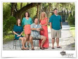 wonderful colors wear family pictures