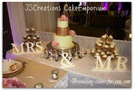 wedding cake table ideas wedding cakes pictures and cake decorating ideas from craftspeople