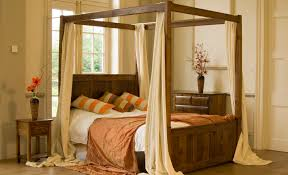 kid carriage canopy bed with transparent mosquito net closed to