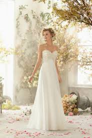 dresses for destination wedding guide to destination wedding dresses destination wedding details
