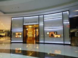 designer shops top designer shops everywhere picture of the dubai mall dubai