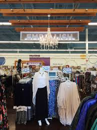 Home Decor In Fairview Heights Il Celebrate And Save On Halloween And Fall Decor At Here Today