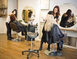 hair salon 5 things to discuss with your hair stylist before a major