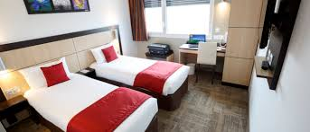 hotel akena vous apporte savoir faire pour hotel reims ainsi que