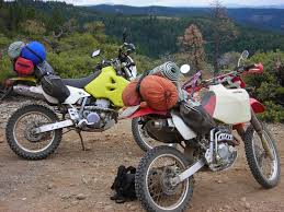 giant loop riders 400 miles on suzuki drz400s and honda xr250r