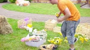 Florist Vases Wedding Floristics In A Rustic Style Florist Man At Work