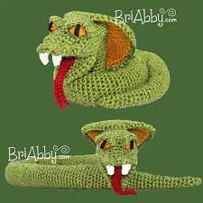 cobra snake amigurumi toy crochet pattern by joni memmott