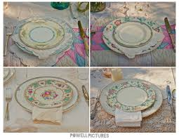 mismatched plates wedding hot wedding trend vintage mismatched plates a stunning affair s