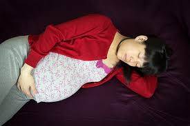 Comfortable Positions To Sleep During Pregnancy What U0027s The Best Way To Sleep During Pregnancy Sleep