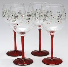 beautiful wine glasses pfaltzgraff winterberry 4 piece wine glass set amazing glass art