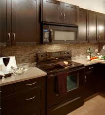 what color granite goes with honey maple cabinets backsplashes