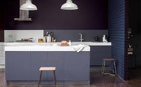 peindre sa cuisine en peindre une cuisine en mélaminé en gris shake my