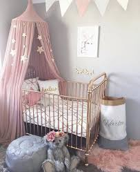 ambiance chambre b b fille le gris et le l association tendance dans une chambre bébé