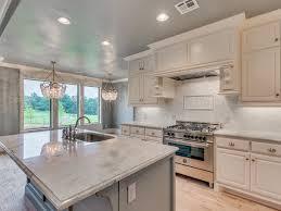 white backsplash kitchen white 1